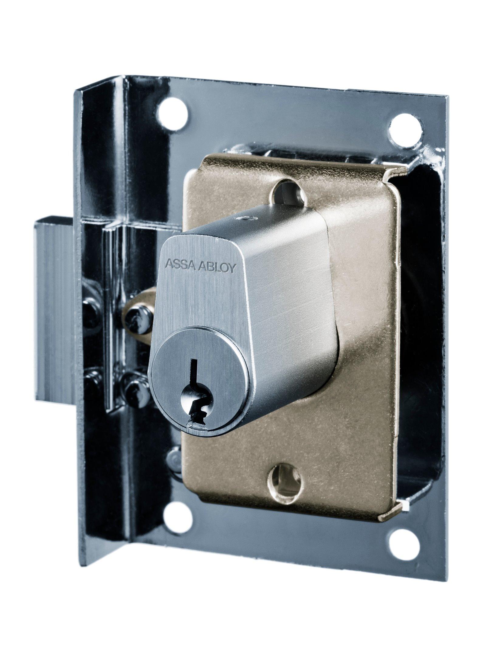 P673.1 - Furniture lock (1612)
